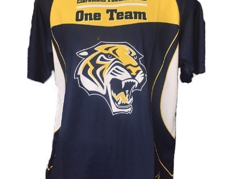 One Team Training Shirt Size M Only